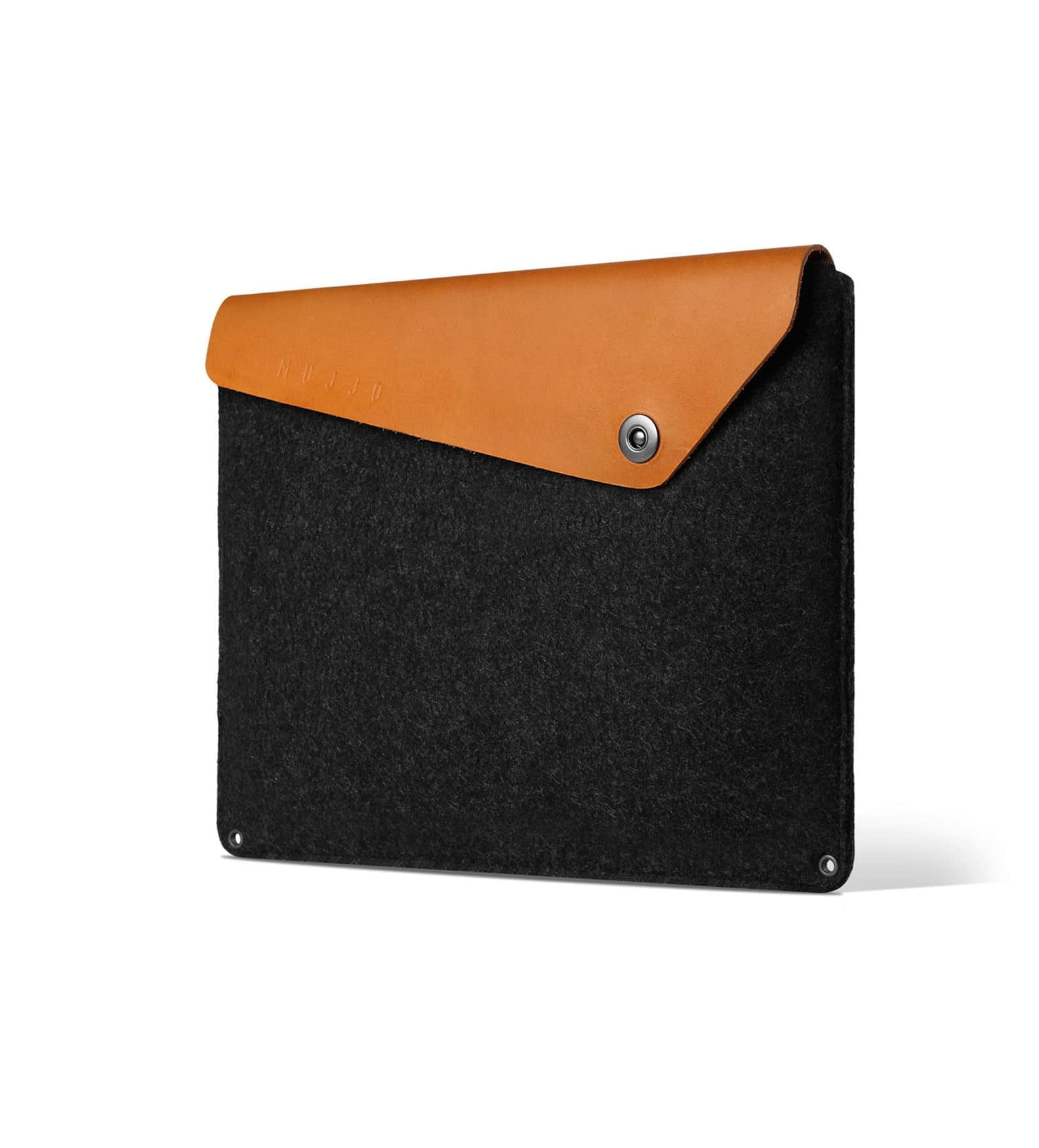15 macbook pro retina sleeve   tan   studio   003