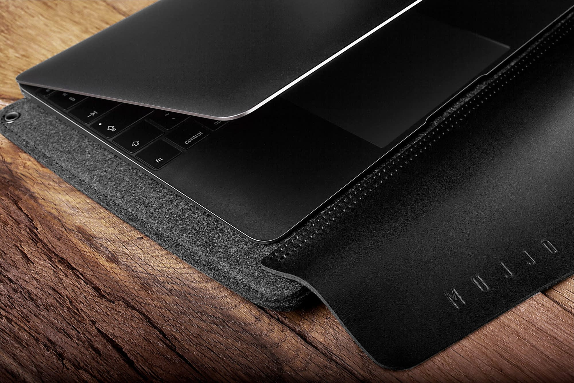 Sleeve for 12 Macbook Black 09