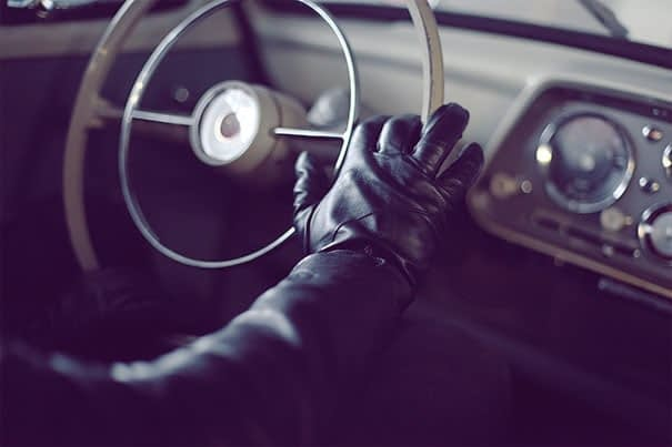 leather touchschreen gloves lifestyle c 01