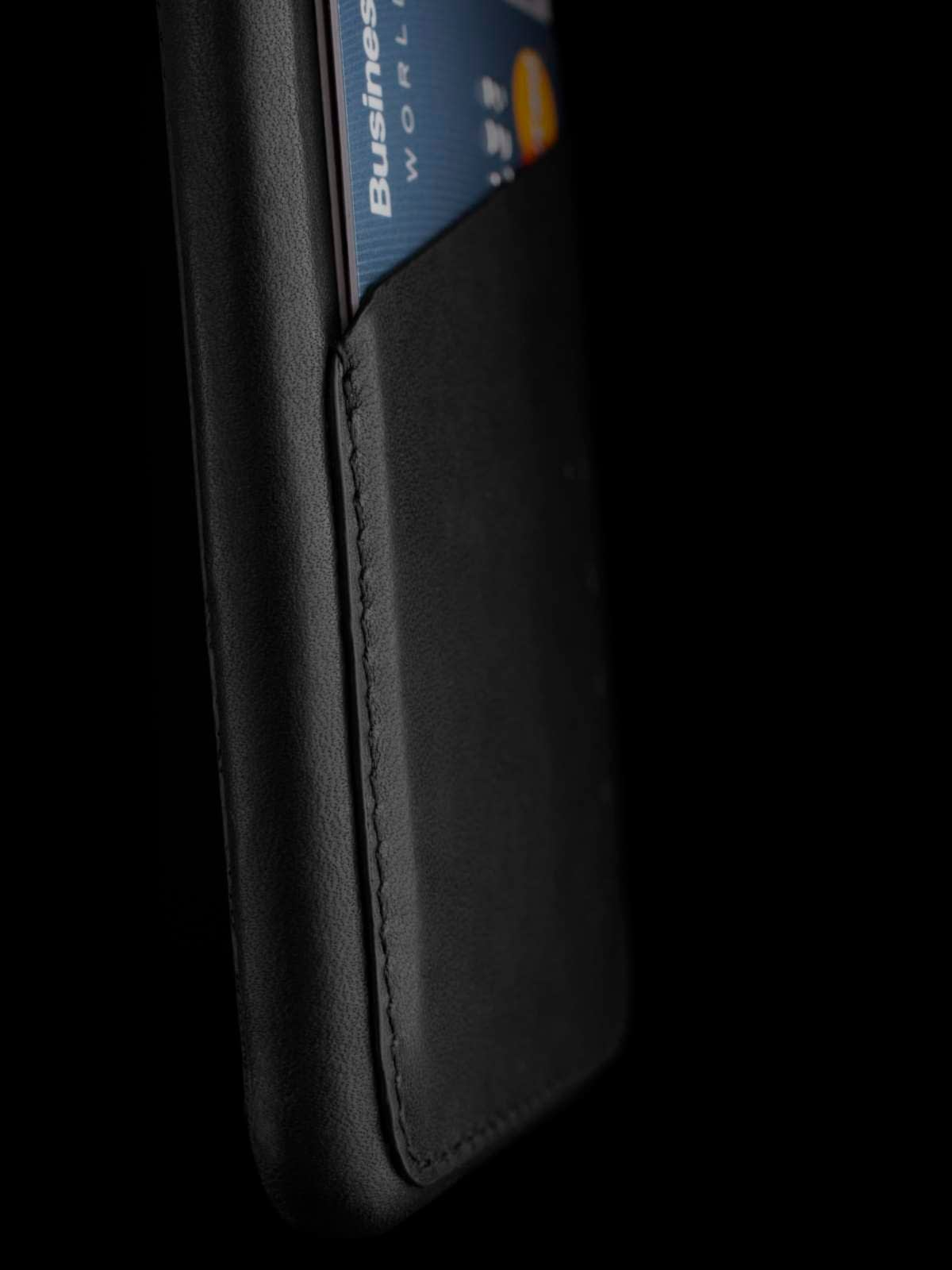 Leather Wallet Case for iPhone 6 Black Lifestyle 005
