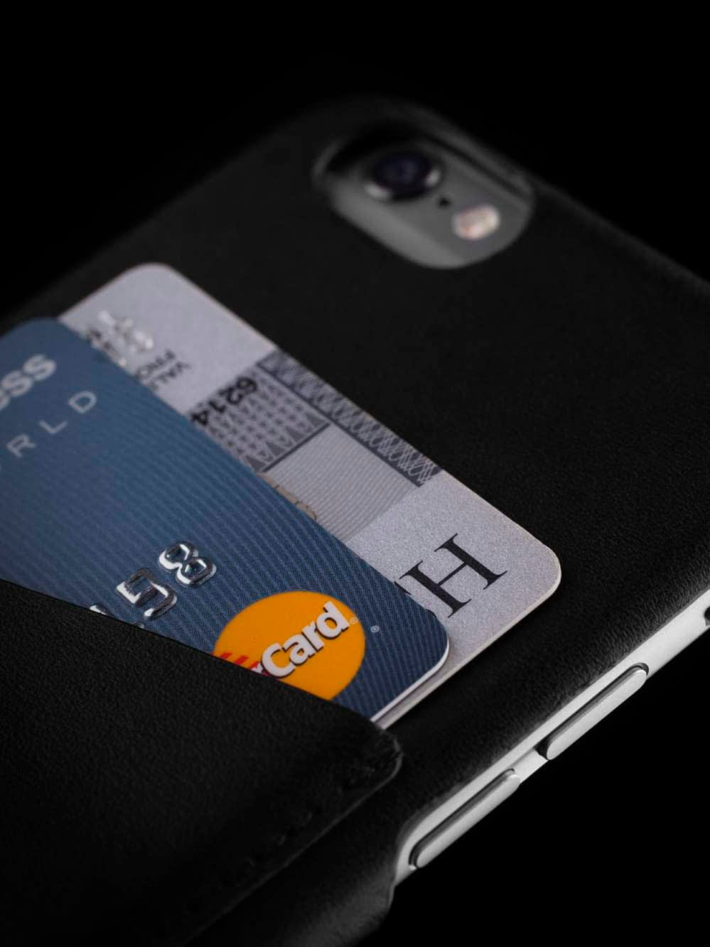 Leather Wallet Case for iPhone 6 Black Lifestyle 009
